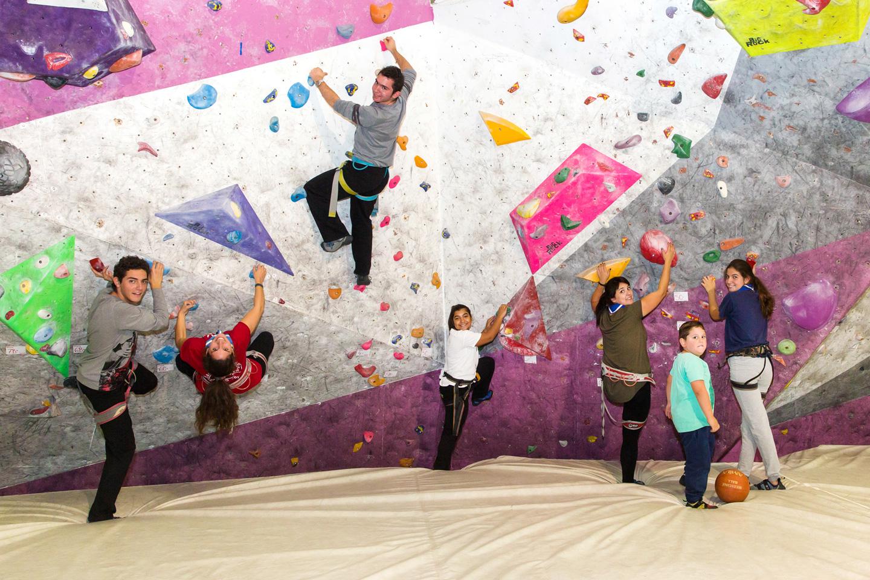 oaka_indoor_climbing3